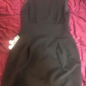 Jones New York Dresses - Jones New York Black Shirt Dress w/Front Pockets